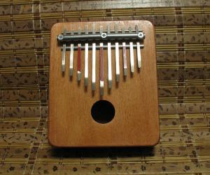 Калимба на 11 нот. Пентатоника на 2 ступени. Строй инструмента.